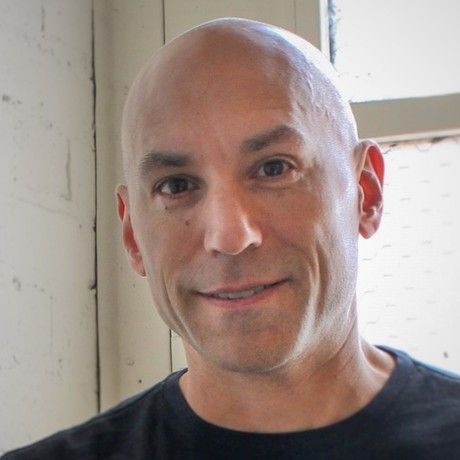 Luis headshot 2015