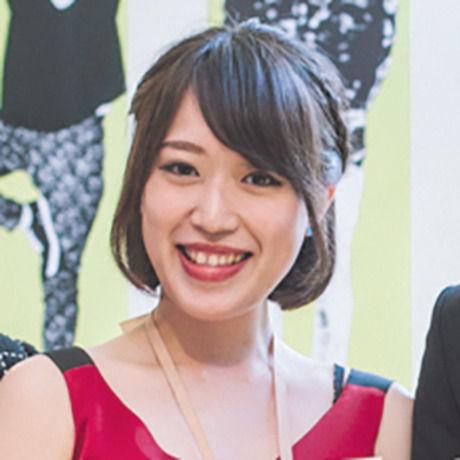 Hitomi graduation2