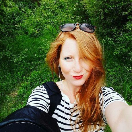 Redhead.on.raw 1465974443222 1