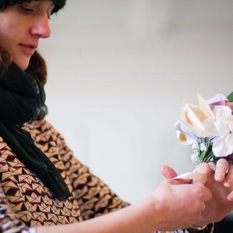 Hannahs origami wedding flowers 0472 y