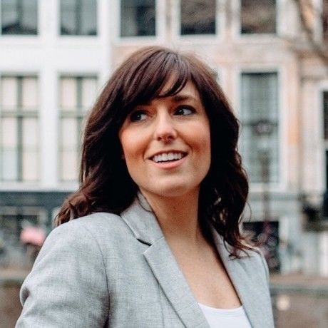 Brookeamsterdam1 headshot