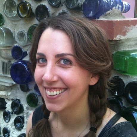 Lizzy newton bio photo