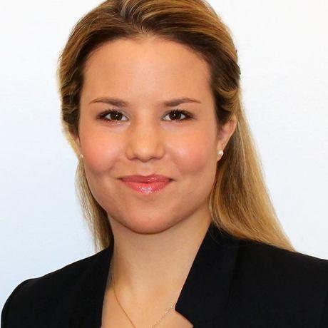 Julia profile pic