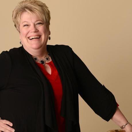 Debbie swanson women in business award