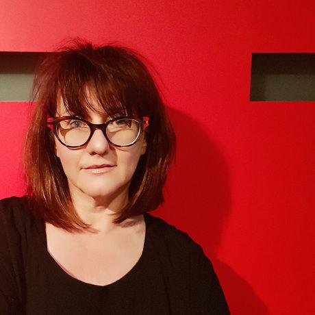 Susan hando red background 1