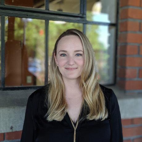 Brooke portrait cropped