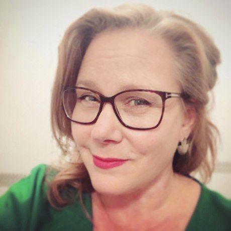 Jodi lucas headshot