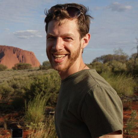 Uluru loren