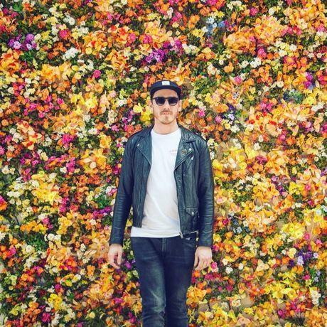 Joshua benedikt flowers